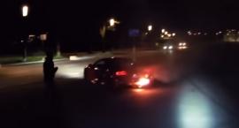 Pożar sportowego Audi R8 na błoniach stadionu narodowego [FILM]