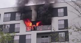 Jedna osoba w szpitalu po pożarze na Gocławiu