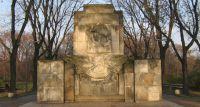 Z Pragi na Ochotę - pomnik żołnierzy radzieckich zmieni lokalizację?