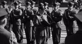 Uroczystości patriotyczne na Grochowie z walką polityczną w tle